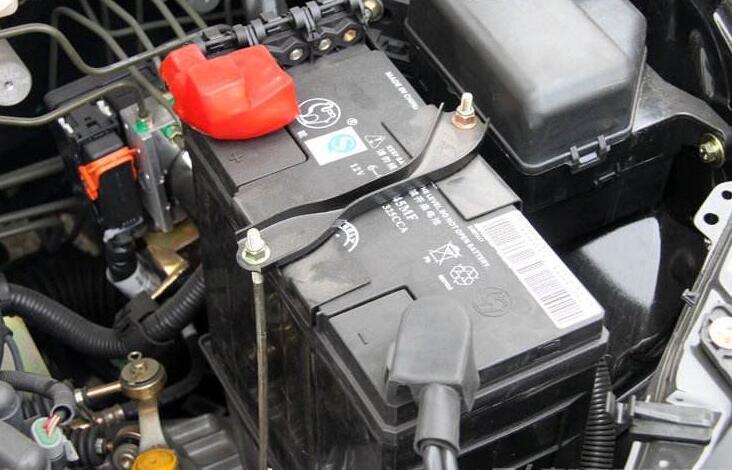 蓄电池控制车内电路,而电路与油路息息相关.